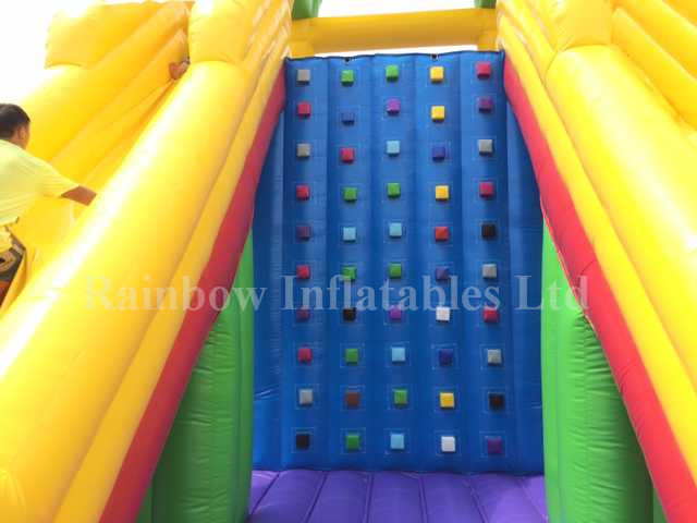 RB8047(13x10x8m)Inflatable rainbow Giant Climbing Wall with slide