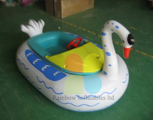Commericial Engineering Plastics White swan bumper boat For Amusement